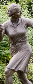 Dorothy Round statue on site ©John McKenna A4A art foundry Aryshire Scotland www.a4a.co.uk