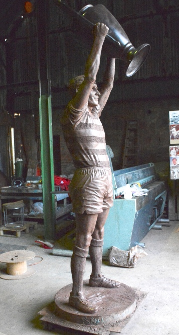 Billy McNeill statue at Celtic FC Parkhead stadium by John McKenna Sculptor a4a.co.uk ayrshire Scotland clay work finished