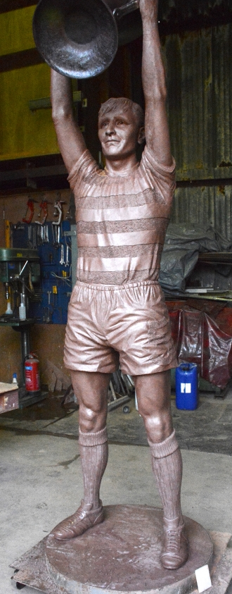 Billy McNeill statue at Celtic FC Parkhead stadium by John McKenna Sculptor a4a.co.uk ayrshire Scotland claywork finished 2