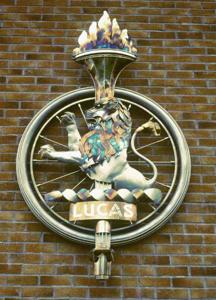 lucas cars lion insitu stainless steel relief sculpture fabricated